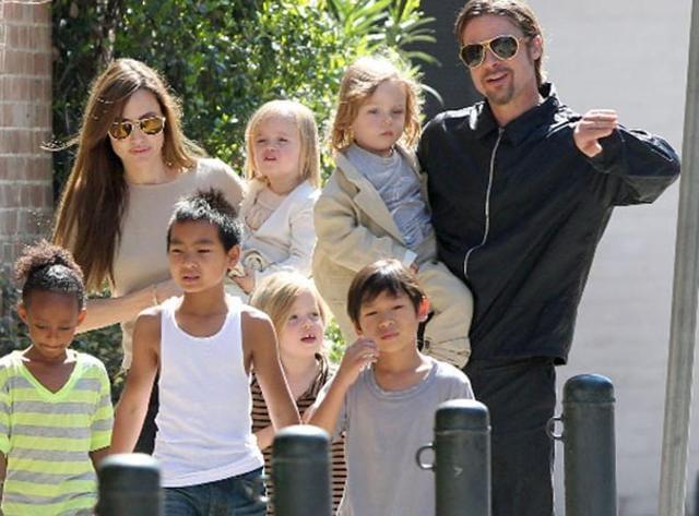 Angelina Jolie,Brad Pitt,Angelina adopting