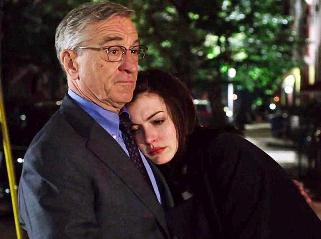 Robert De Niro portrays a 70-year-old widower who lands the job of an intern at a trendy fashion website while Anne Hathaway plays the boss.