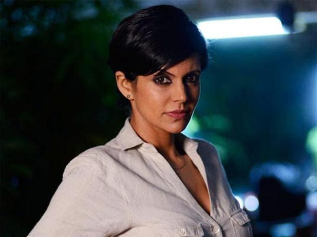 Mandira Bedi played a RAWagent on the show.