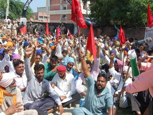 labourers protest