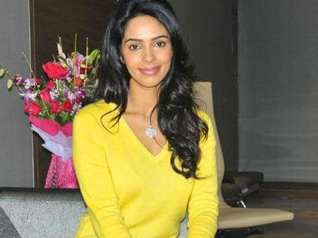 Mallika Sherawat auditioned for the role of Aamir Khan's onscreen wife in Dangal but TV actor Sakshi Tanwar finally bagged the role.