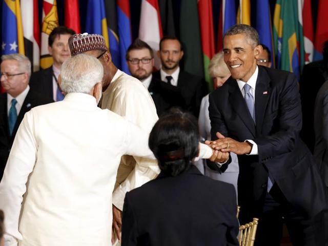 US President Barack Obama and Indian Prime Minister Narendra Modi shake hands during the luncheon at the United Nations General Assembly in New York.