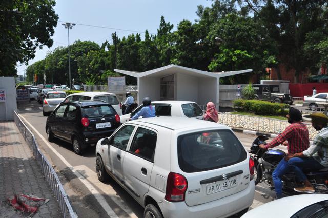PU,traffic,decongesting campus