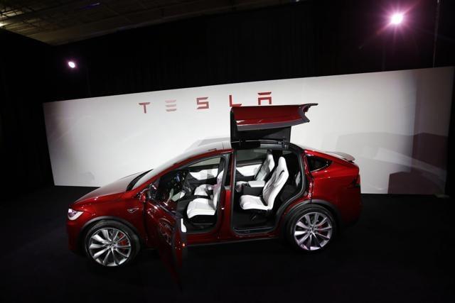 Tesala Model X,Fremont California,Electric SUV