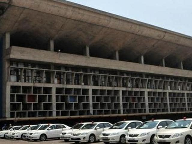 The Punjab and Haryana high court on Thursday issued notice to Baba Farid University of Health Sciences (BFUHS), Faridkot, on a petition filed by some students stating that admissions under the NRI quota in medical colleges were statutorily not required through the Common Entrance Test (CET).
