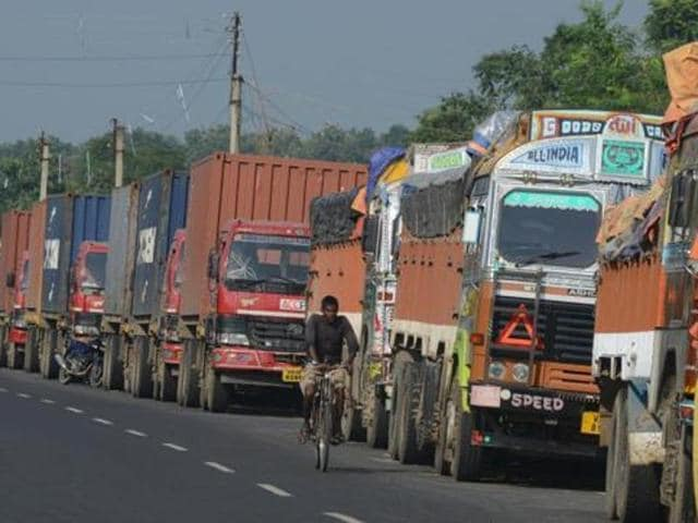 truckers,indefinite strike,Punjab