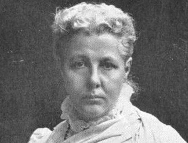 While India was reeling under English slavery Annie Besant broke the shackles of her own chauvinistic society and looked for transformation in a place like India which was characteristically entrenched in superstition, disbelief and illiteracy.