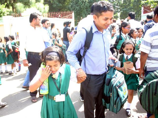 Confusion and chaos prevailed on the school campuses in Bhopal on Thursday as the buses did not return to drop students home in the afternoon.