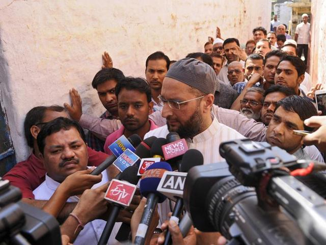 All India Majlis-e-Ittehadul Muslimeen (AIMIM) leader Asaduddin Owaisi visited the family of the Mohammad Ikhlaq who was killed by a mob following rumors that he and his family had consumed and stored beef.
