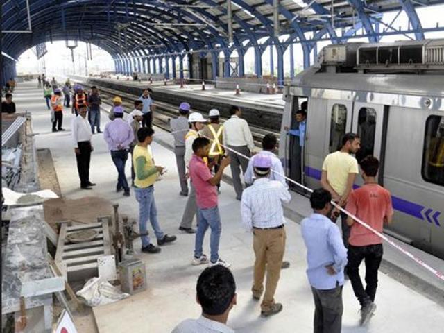 Delhi Metro shooting,Rajiv Chowk metro station,Firing