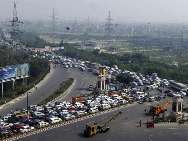 Transporters across India have been demanding scrapping of toll system from highways.