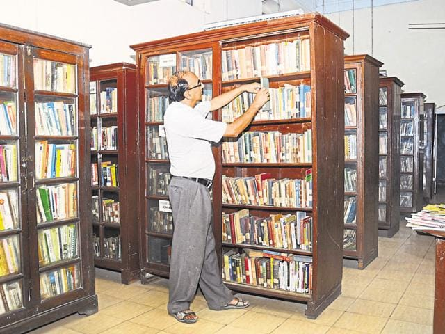Mahatma Khushi Ram Public Library & Reading Room Society in Dehradun has over 45,000 books.