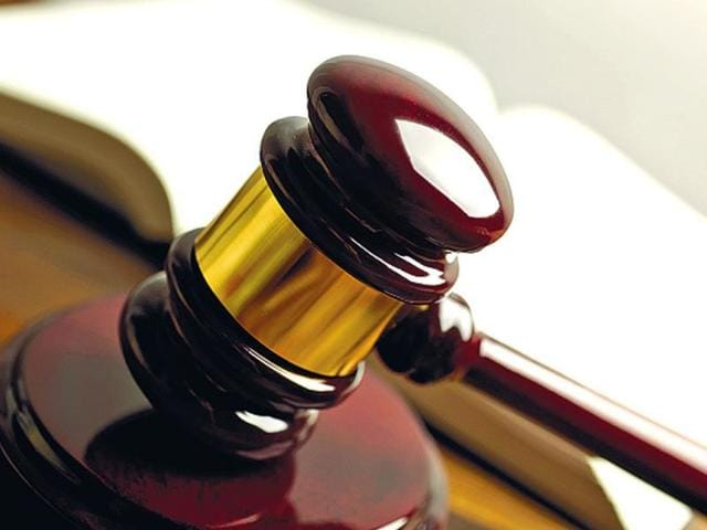 Employee can file winding-up petition for dues: MP high court