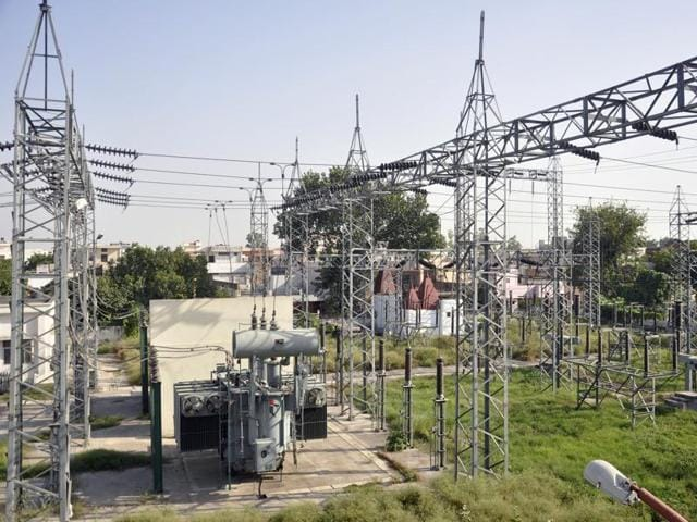 In 2006, the MP Electricity Regulatory Commission had fixed separate charges for rural and urban consumers.