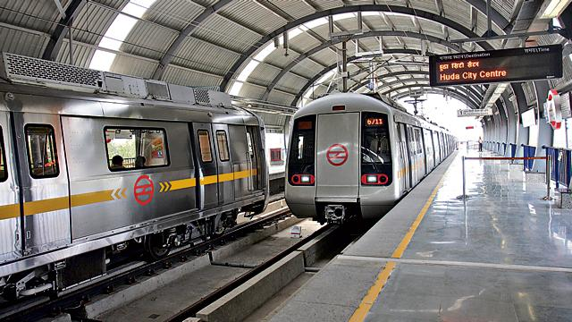 Delhi Metro,Railway and Transport Strategic Centre,Delhi Metro Rail Corporation