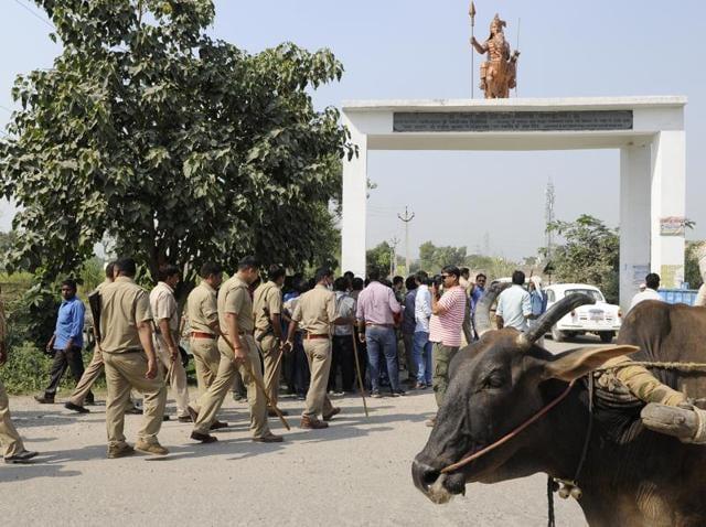 Dadri lynching,Bisada lynching,Cow carcass