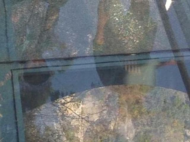 A glass pane at Yuntai Mountain walkway in China cracked according to reports