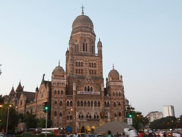 Mumbai has seen many such drives in the past, but most have died out thanks to a combination of political pressure and a lack of policies to back the action.