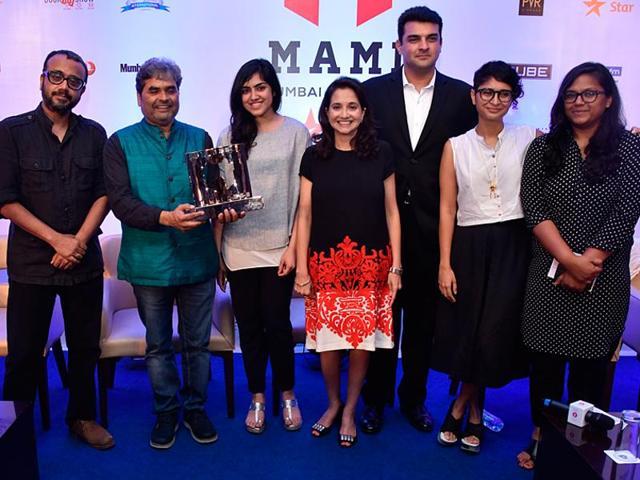 (Left to right) Dibakar Banerjee, Vishal Bhardwaj, Niharika Bijli (director, PVR Pictures), Anupama Chopra, Sidharth Roy Kapoor, Kiran Rao and Smriti Kiran (creative director, MAMI)pose for shutterbugs.