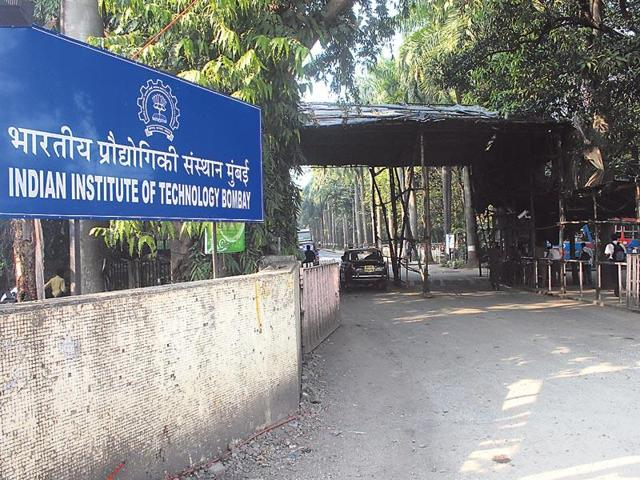 1965 students from Rajasthan secured IIT seats out of a total of 9974 seats this year.