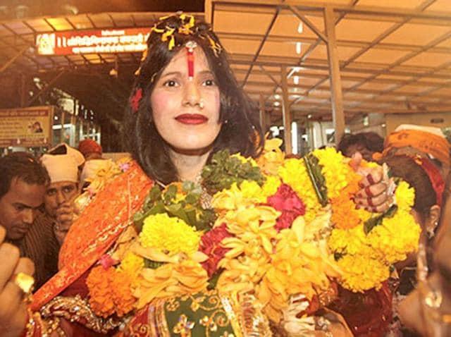 Radhe Maa at Siddhivinayak Temple in Mumbai. (Vijayanand Gupta/HT Photo)