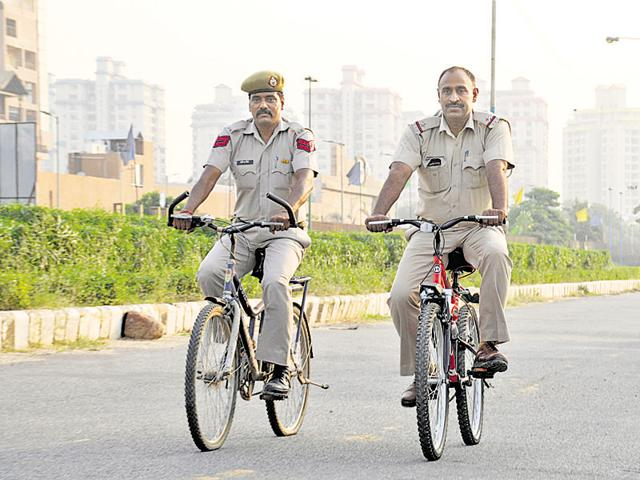 The police stations of Sector 29, Sushant Lok, DLF City Phase 1 and Phase 2, and Sector 56 have started beat patrolling on cycles in their respective areas.