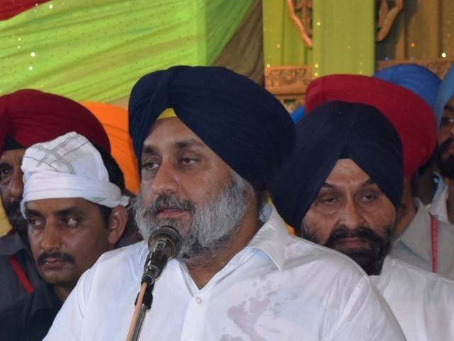 Deputy chief minister Sukhbir Singh Badal during prayers on the death anniversary of Tejinderpal Singh Makkar, son of SGPC president Avtar Singh Makkar, in Ludhiana on Wednesday.