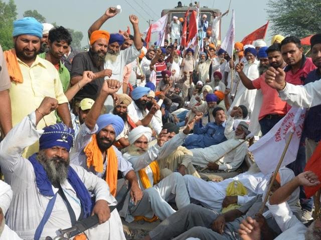Farmers protest against anti-farmer policies of the central and Punjab government in Amritsar.