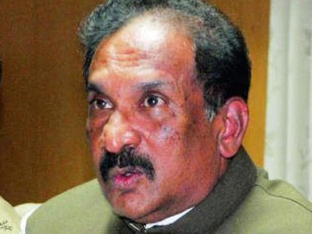 File photo of Karnataka home minister KJ George (R).