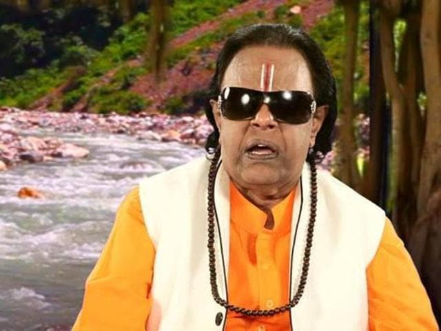 Music director Ravindra Jain.