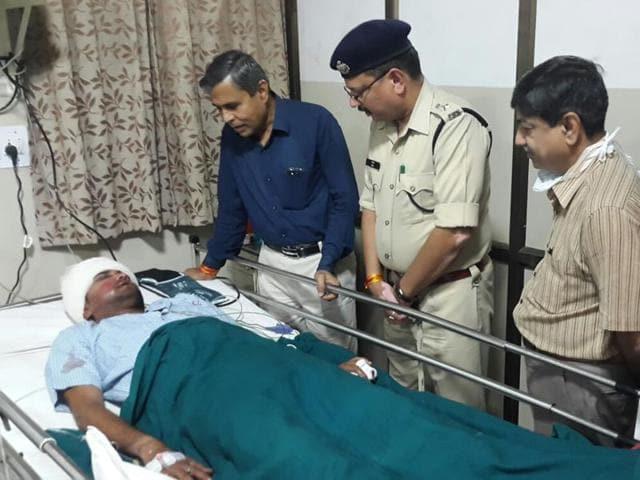 Journalist Ashish Vishwakarma is undergoing treatment in a Jabalpur hospital.