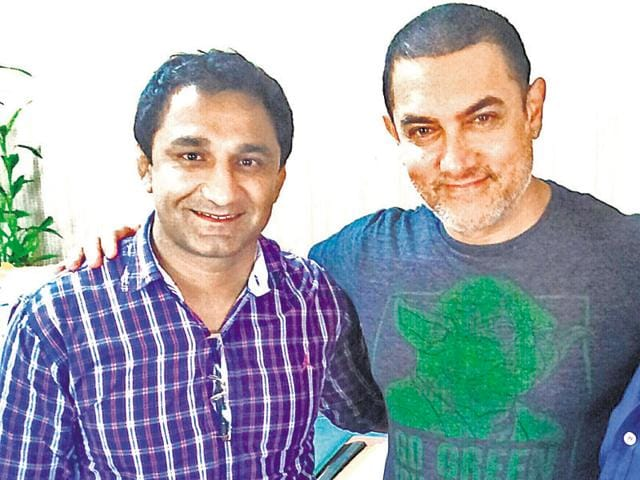 Arjun awardee Kripa Sankar Vishnoi with Aamir Khan.