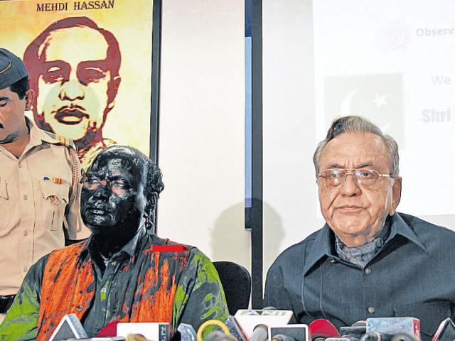 Shiv Sena activists threw black paint on Sudheendra Kulkarni ahead of a book launch of former Pakistan foreign minister Khurshid Mahmud Kasuri in Mumbai. What makes it worse is that, till recently, Kulkarni was a pillar of the BJP establishment.