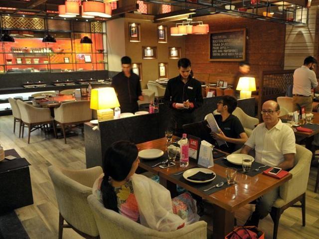 restaurants,service charge,Chandigarh
