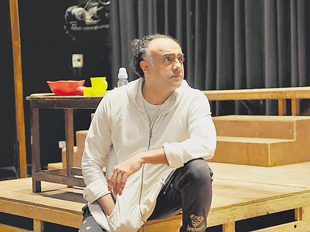 Rajit Kapur in his play, One on One Part 2, during the Old World Theatre Festival at Epicentre, Gurgaon, on Saturday