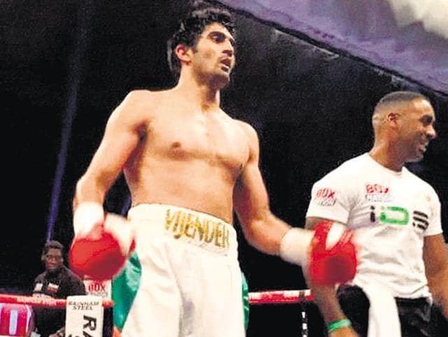Vijender Singh professional boxing debut,Sonny Whiting,Floyd Mayweather