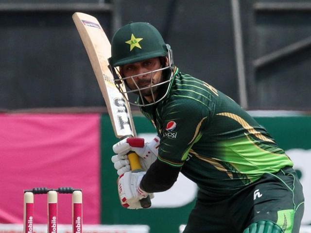 Pakistan vs England,Shoaib Malik,Azhar Ali