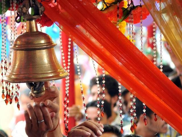 Devotees thronged major shrines across Himachal  Pradesh offering prayers on the onset of the nine-day long Navratras.