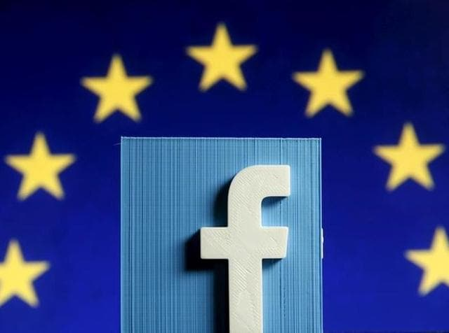 Facebook wants its users to shop for clothes and other products from their mobile phones without ever leaving its app.