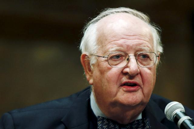 British-born economist Angus Deaton of Princeton University speaks in a news conference after winning the 2015 economics Nobel Prize on the Princeton University campus in Princeton, New Jersey October 12, 2015.