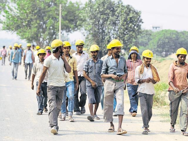 Most developers in Gurgaon stopped work and called for the state and central governments to take measures to reduce pressure on builders.