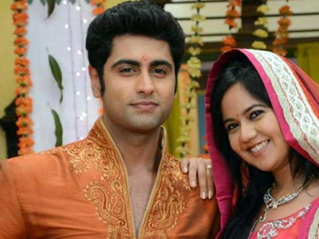 Ex-flames Roopal Tyagi and Ankit Gera in a still from their TV show Sapne Suhaane Ladakpan Ke.