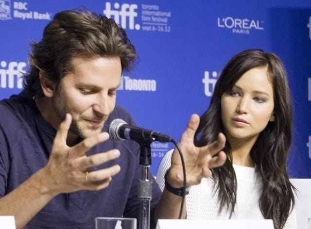Actors Bradley Cooper has come out in support of his Silver Linings Playbook co-star Jennifer Lawrence.l