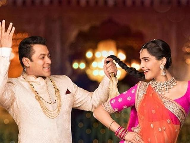 Salman Khan and Sonam Kapoor in Prem Ratan Dhan Payo.