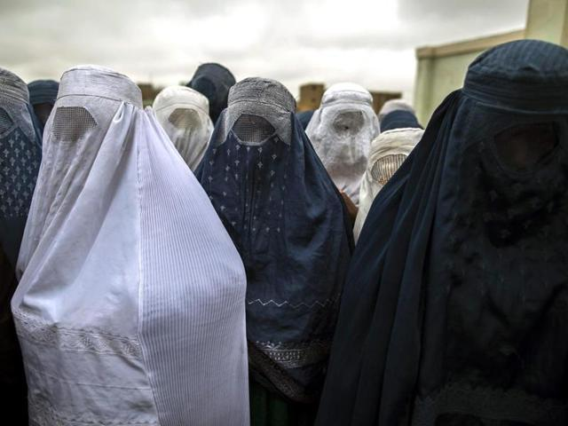 Chad police,Chad arrest burqa wearers,African Islamic extremism