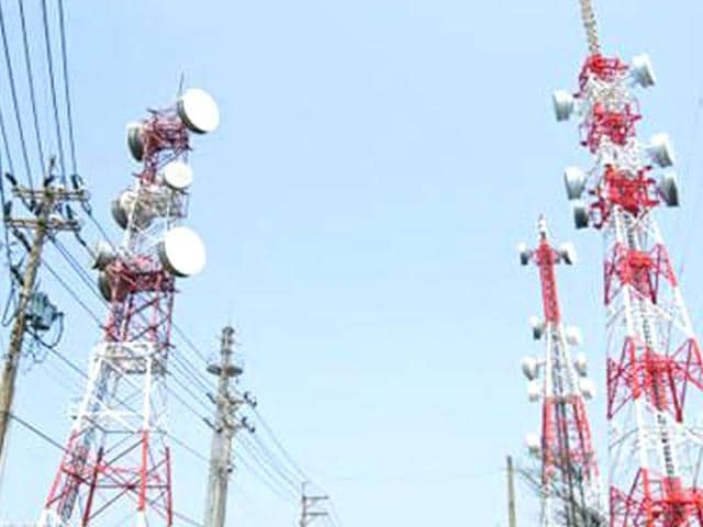 Mobile service providers have consistently pointed the hurdles faced by them in installing towers and getting right of way, which is critical to avoid call drops. (Representative Photo)