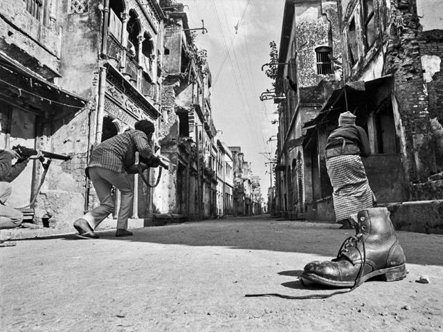 Delhi Photo Festival,Dutch photographer Rob Hornstra,Arnold Van Bruggen
