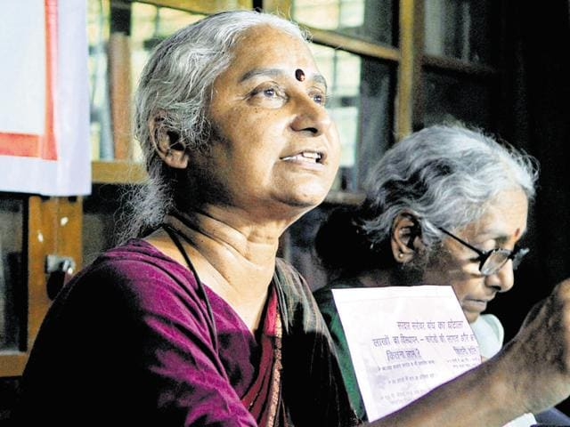 (L-R) Social activists Medha Patkar and Aruna Roy interact with media persons in Jaipur on Friday.