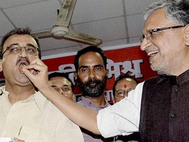 Sushil Modi had announced giving laptops to students before the BJP declared its vision document.