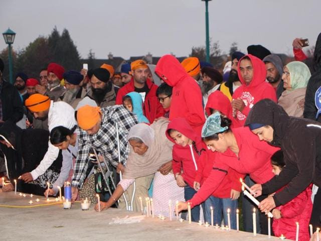 Candle light vigil organised at Guru Nanak Sikh temple in Surrey on Sunday evening